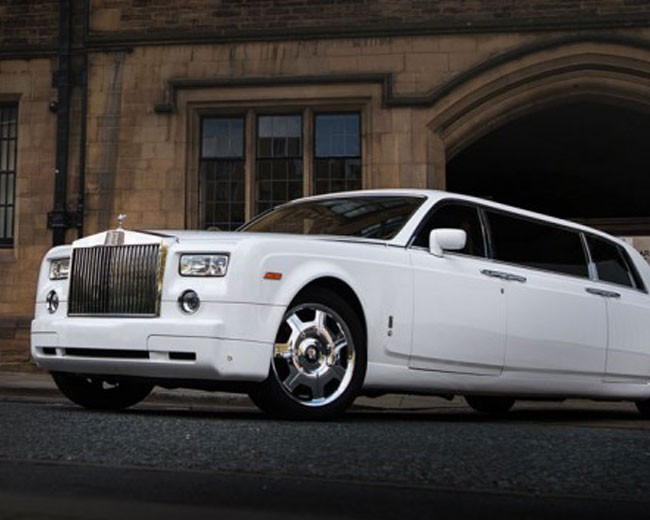 Rolls Royce Limo >> Rolls Royce Phantom Limo London Limo Hire In London Limo
